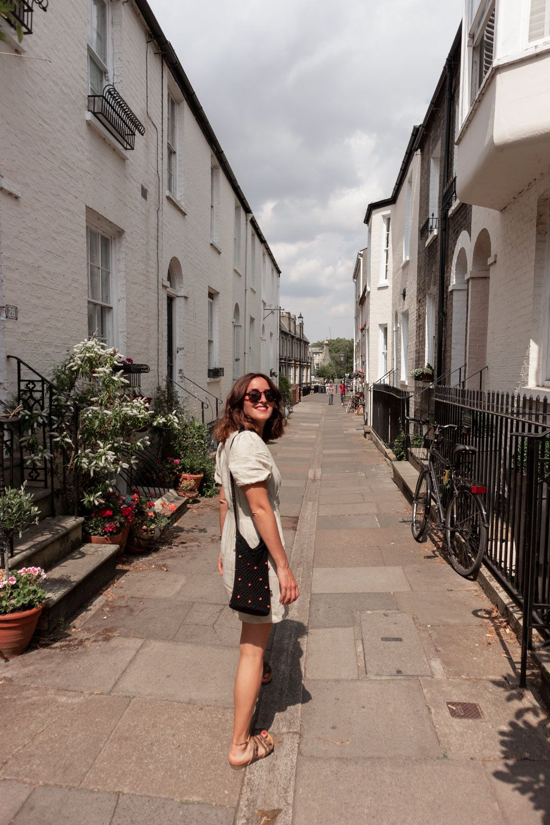 So I am not the most original fashionista. So what?|Originality in fashion |#Cambridge|#fashioninspiration|#linen #minidress #lino #linendress #buttonwdowndress #ZARAdress|#summerlook #summeroutfit #summerfashion #summerstyle|#birckenstock|#minimalstyle #streetstylechic #effortlesschic|How to style a linen minidress|ZARA, Urban Outfitters, ASOS, Realisation Par|#retro|#crochet #crochetbag|Saida Antolin - She talks Glam|Cambridge Blogger